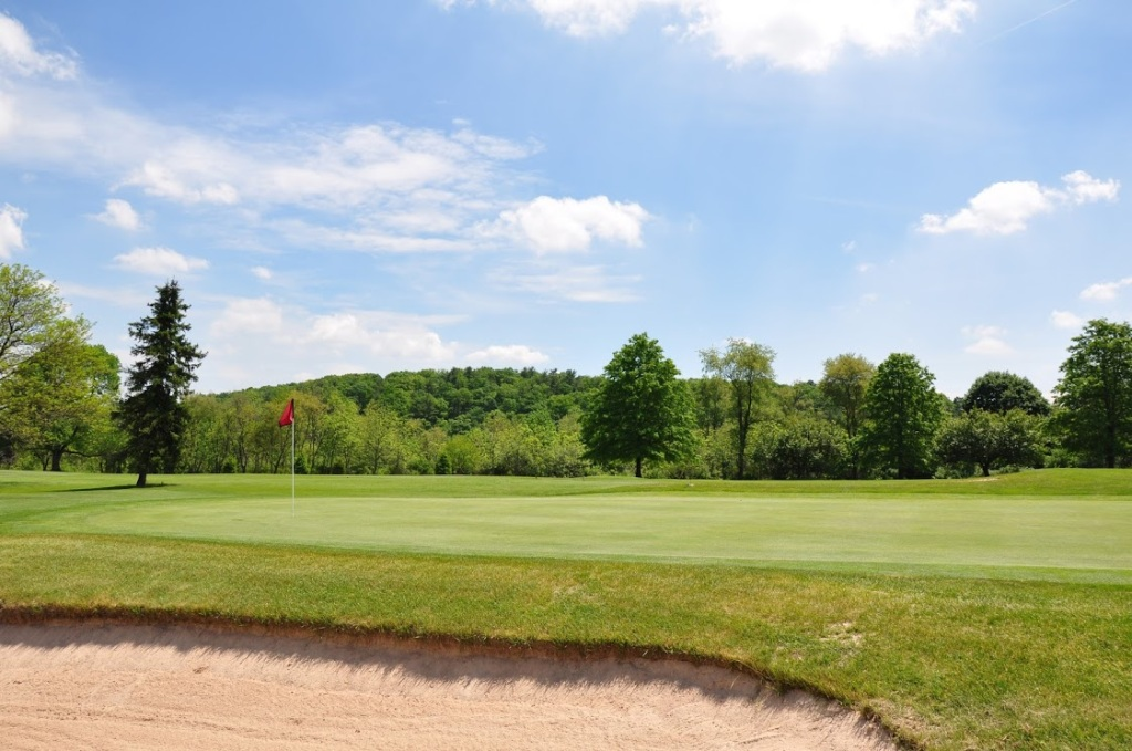 Golf - Hidden Valley Golf Club